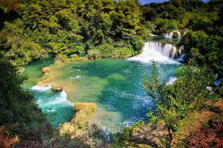 Lepote reke v bližini