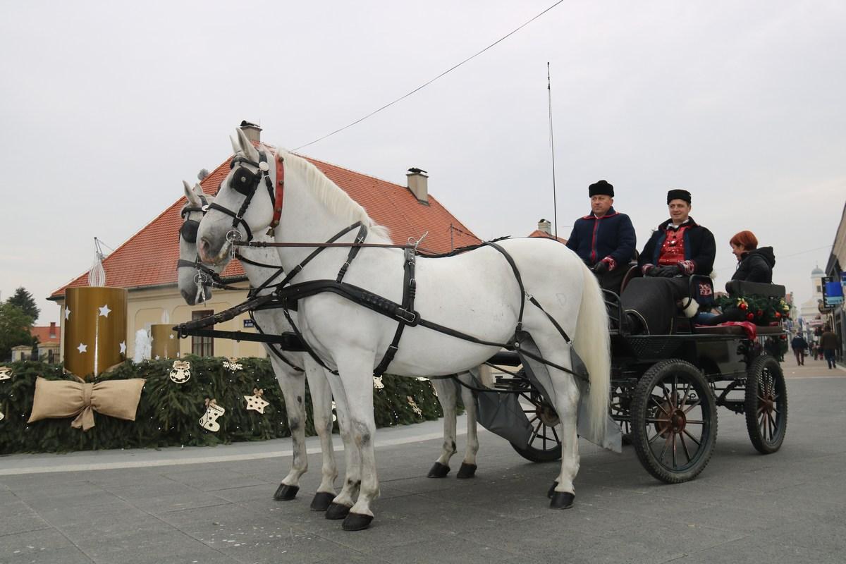 Po ulicah Đakova