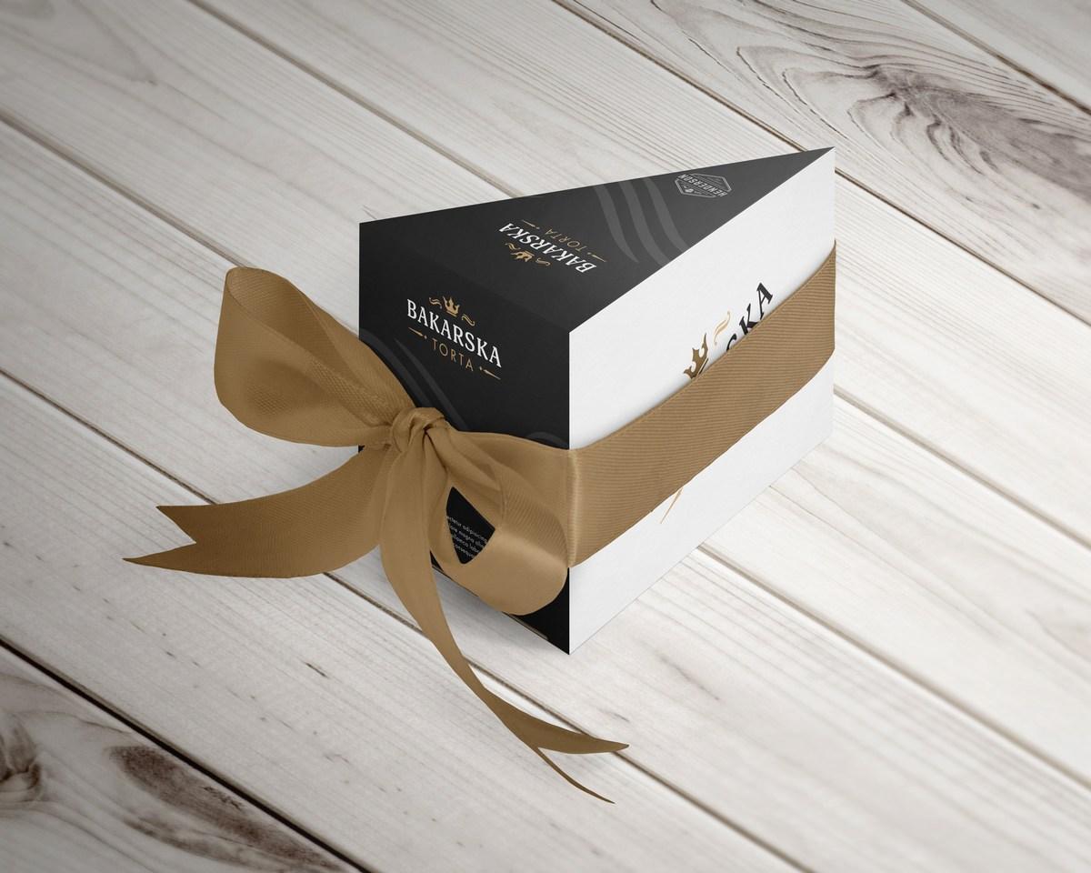 Torta kot darilo, foto TZ Bakar