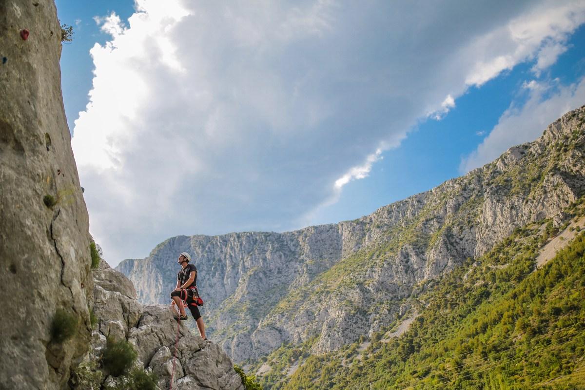 Stena za plezanje, Gradina
