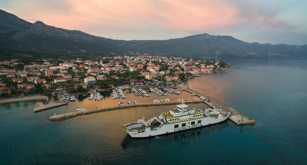 Trajekt za Korčulo