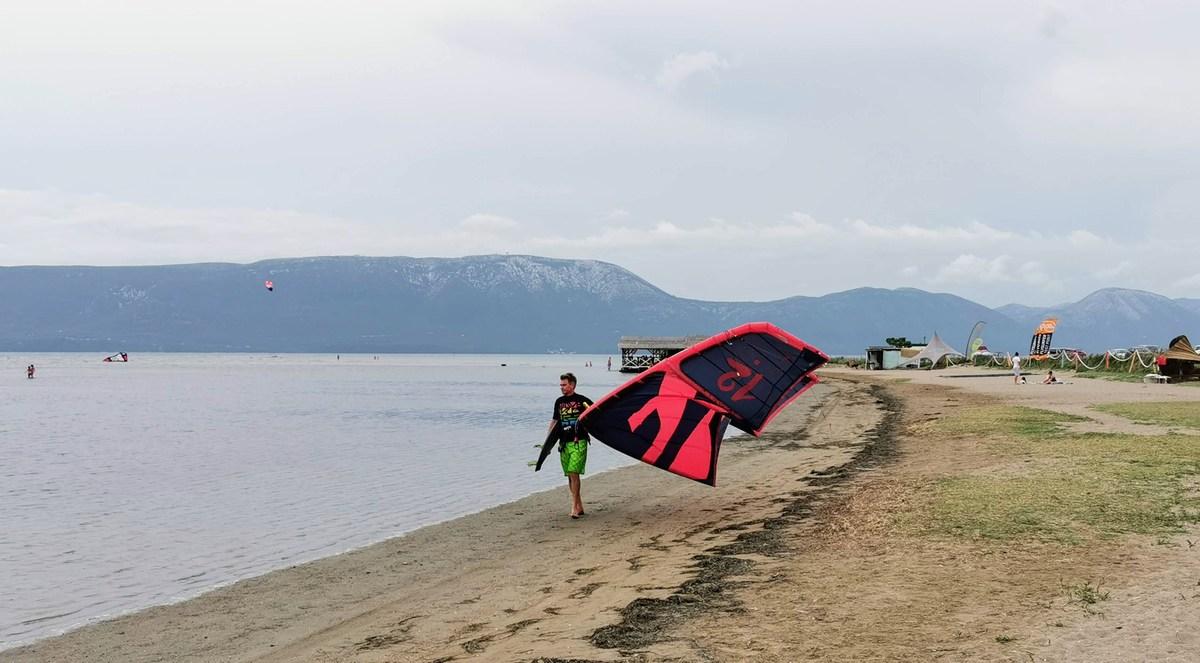 Ob obali Neretve