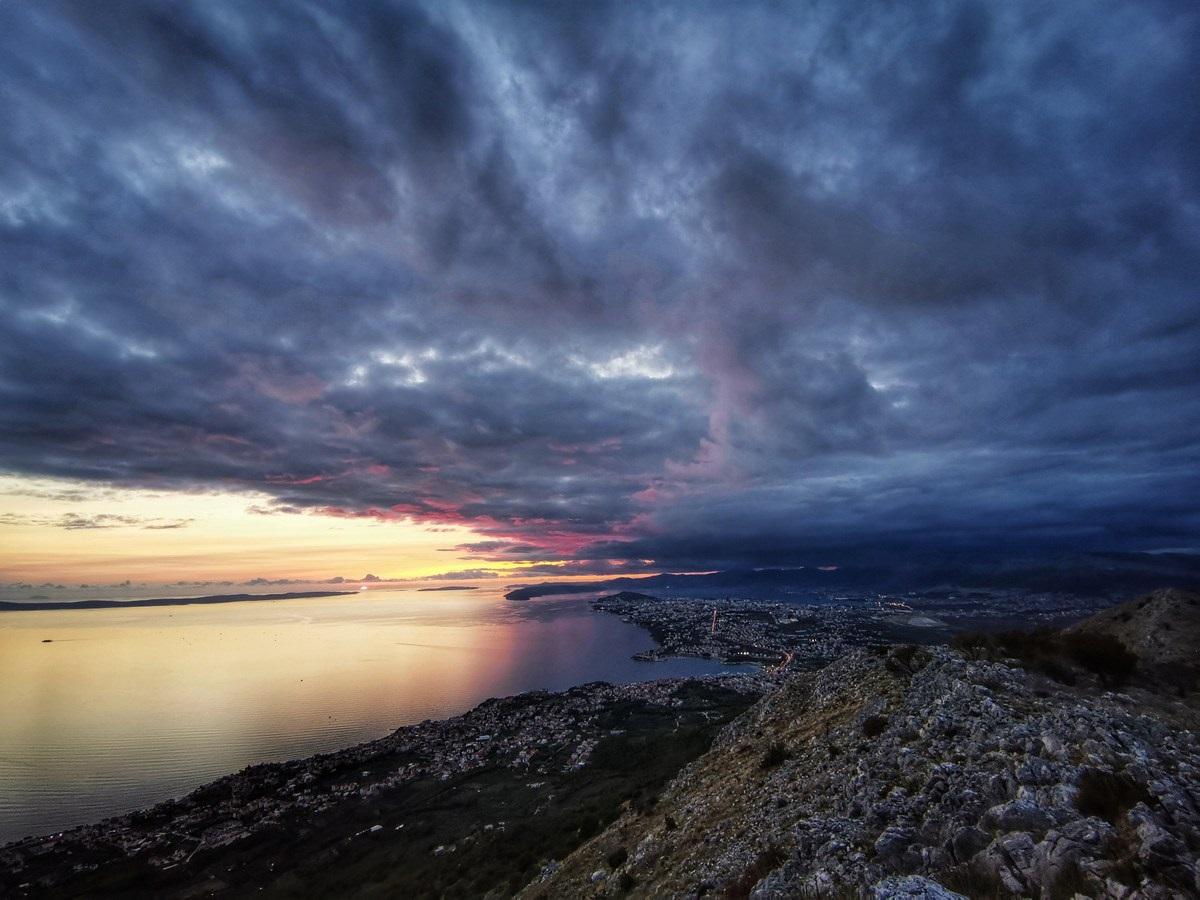Južno od Splita
