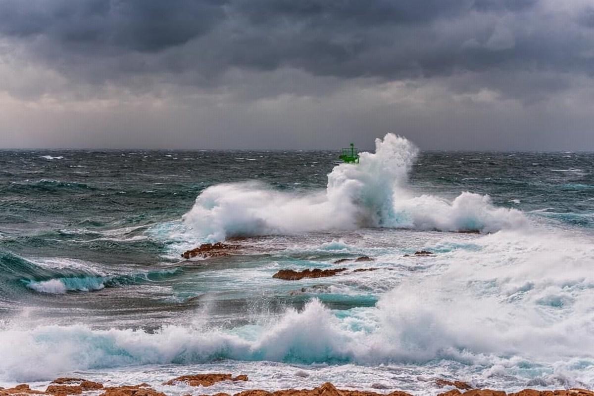 Morje se igra