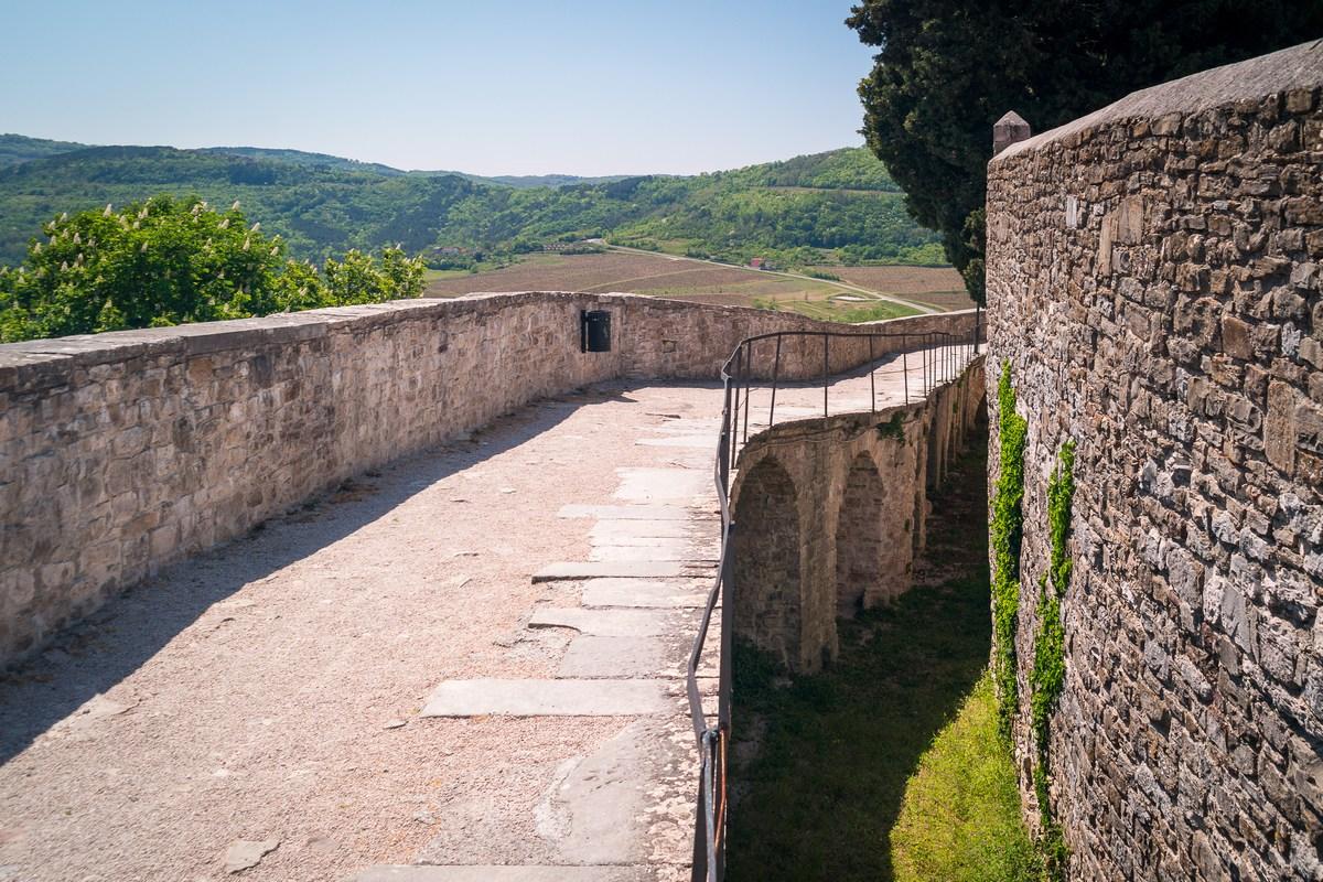 Motovunske zidine 2