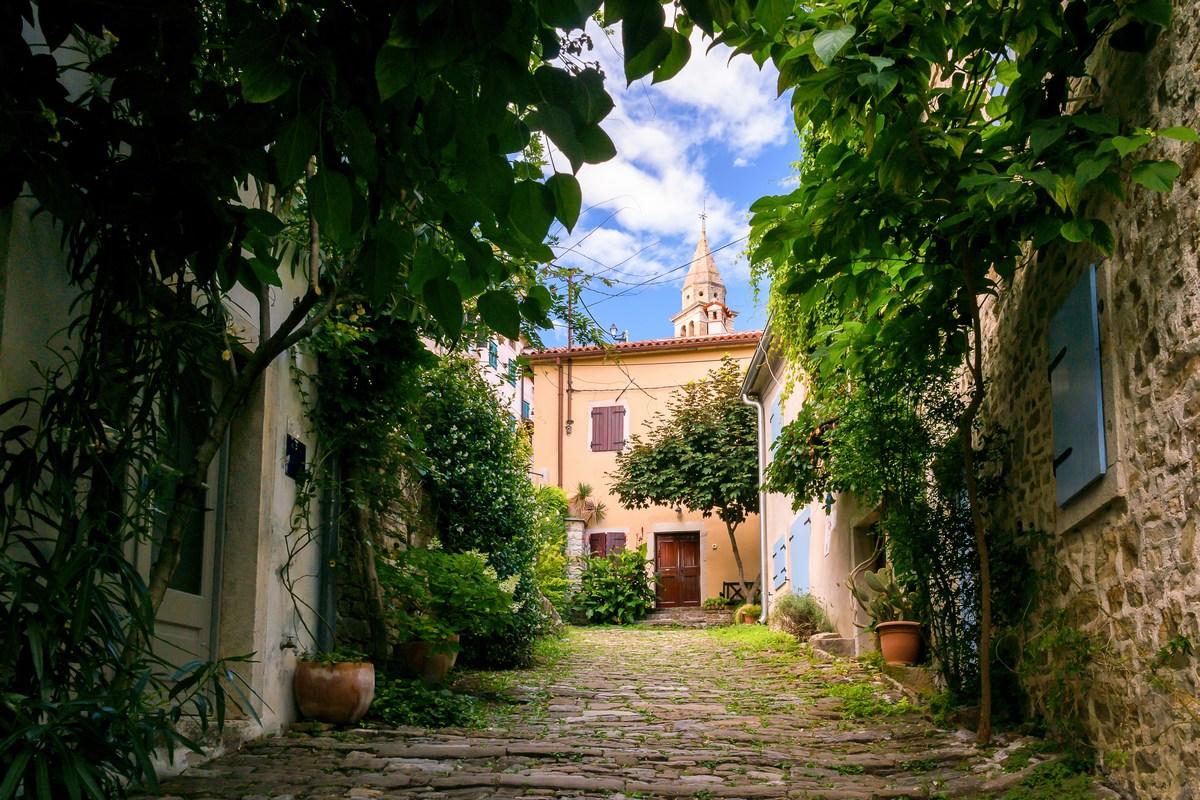 Prekrasna ulica Rialto 7