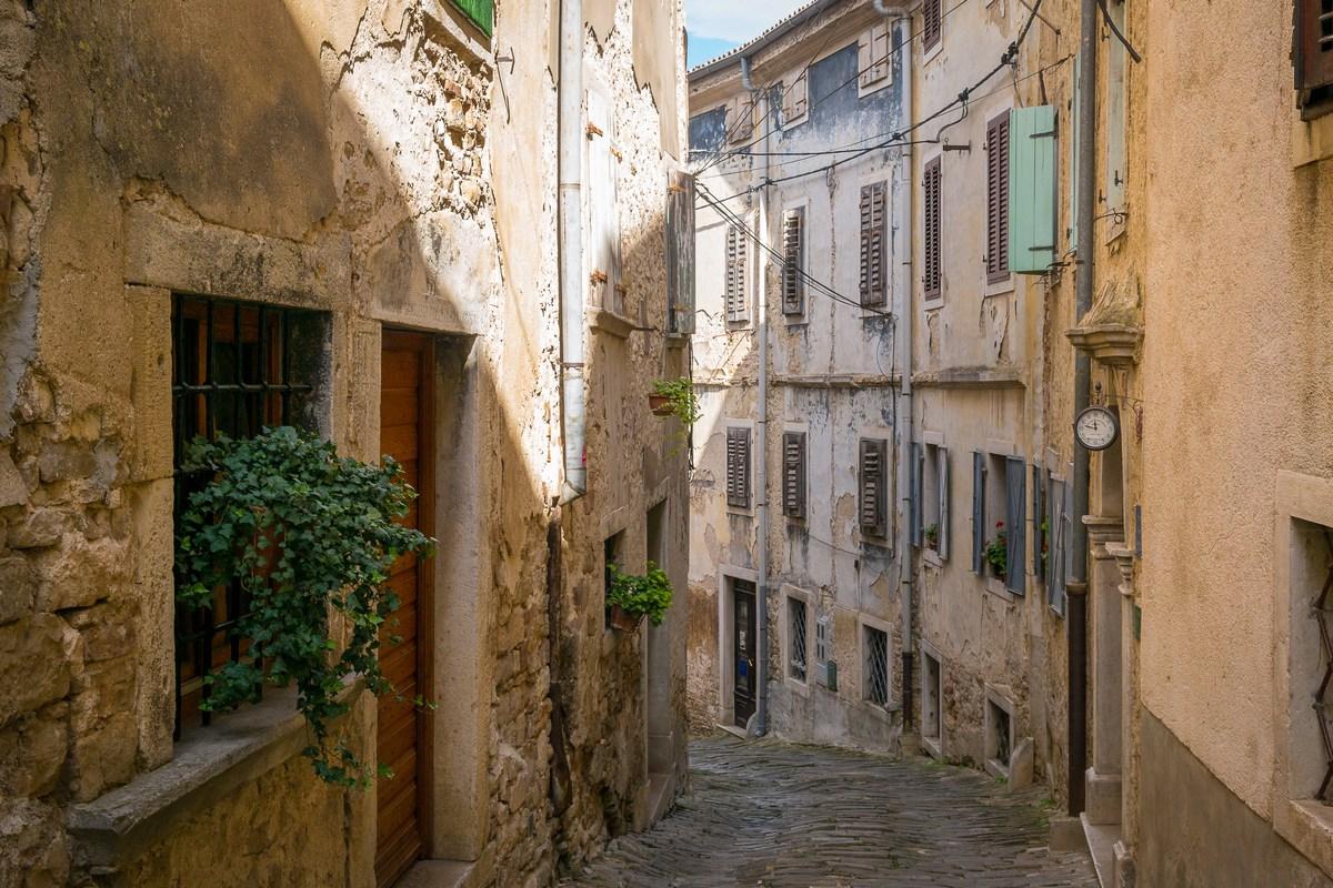 Ulica Borgo 1