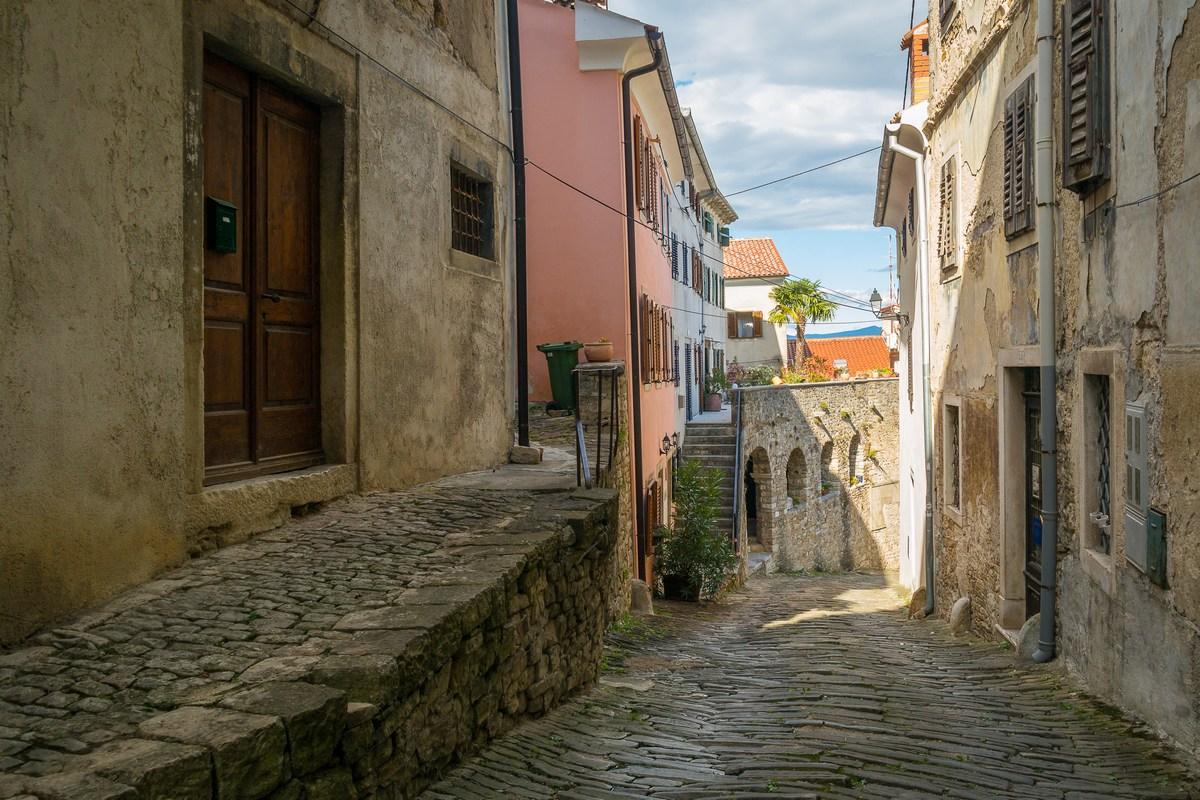 Ulica Borgo 2
