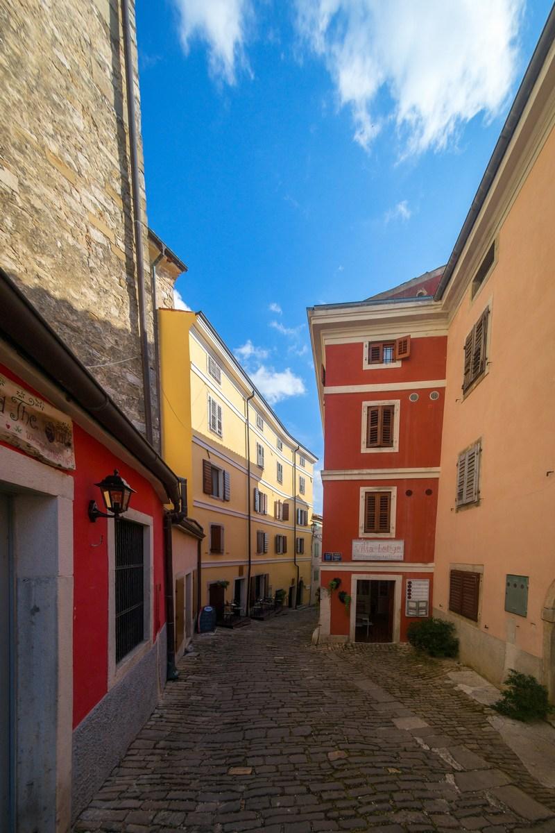 Ulica Borgo 6