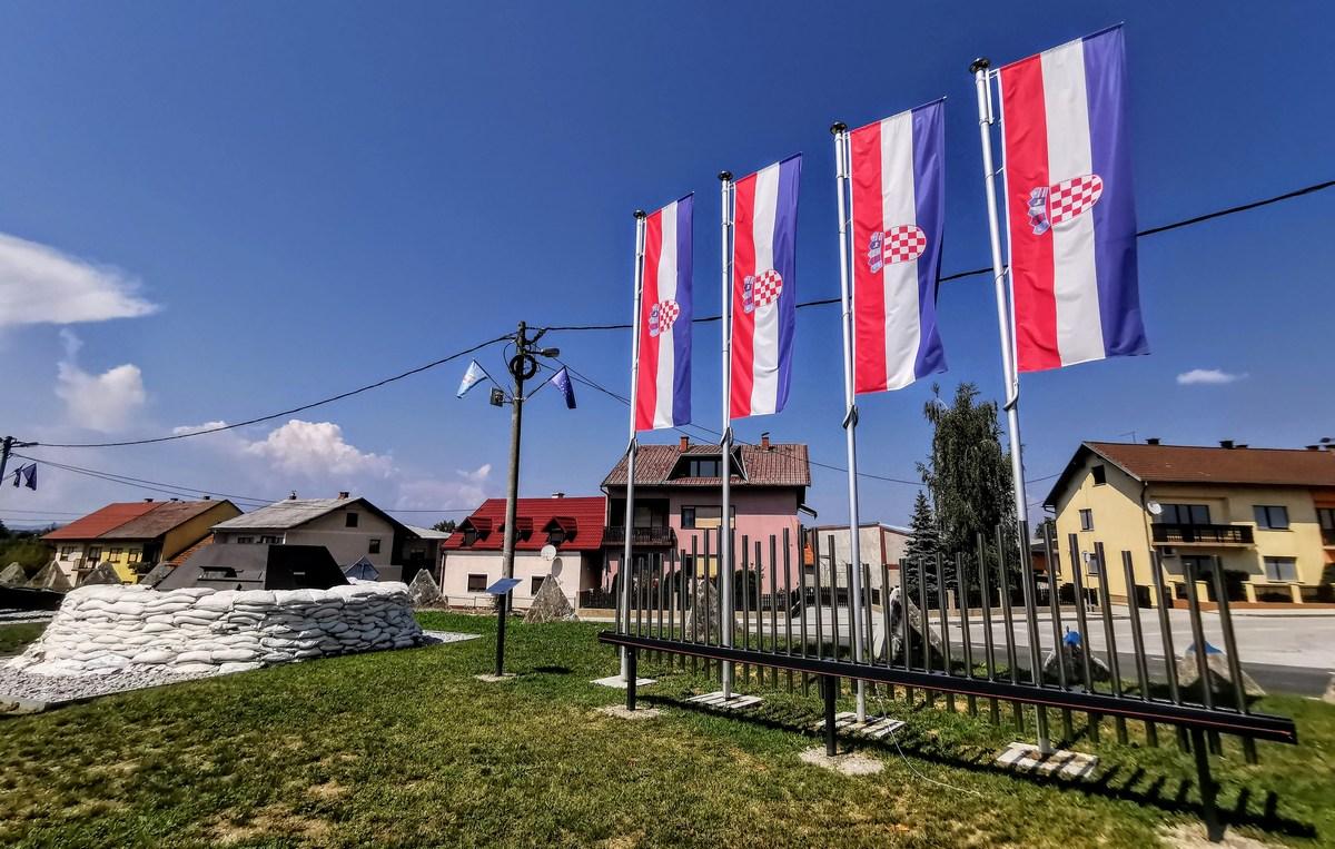 Zastave in glasbilo