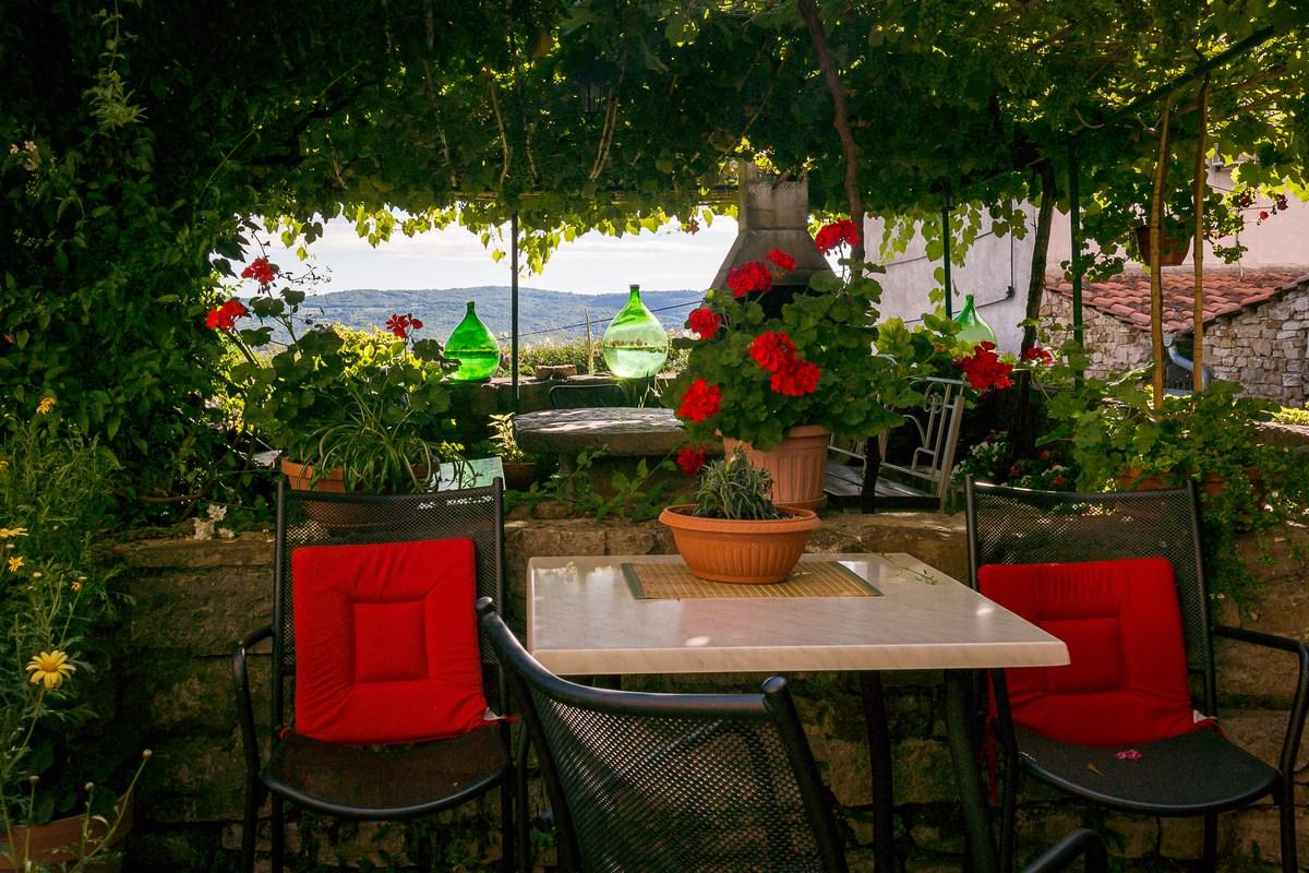 Zona za opuštanje u ulici Borgo (Villa Maria)