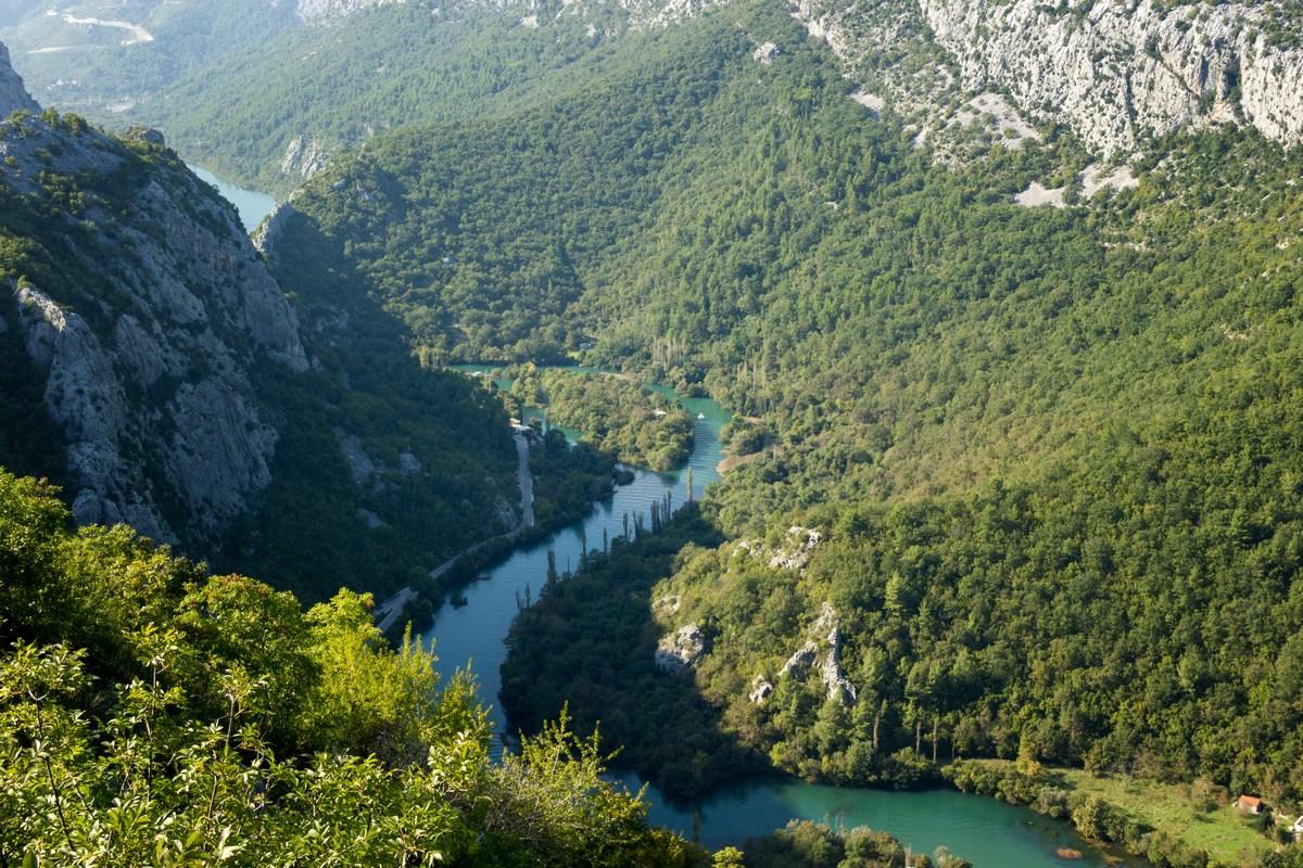 Kanjon Cetine, foto TZ Omiš