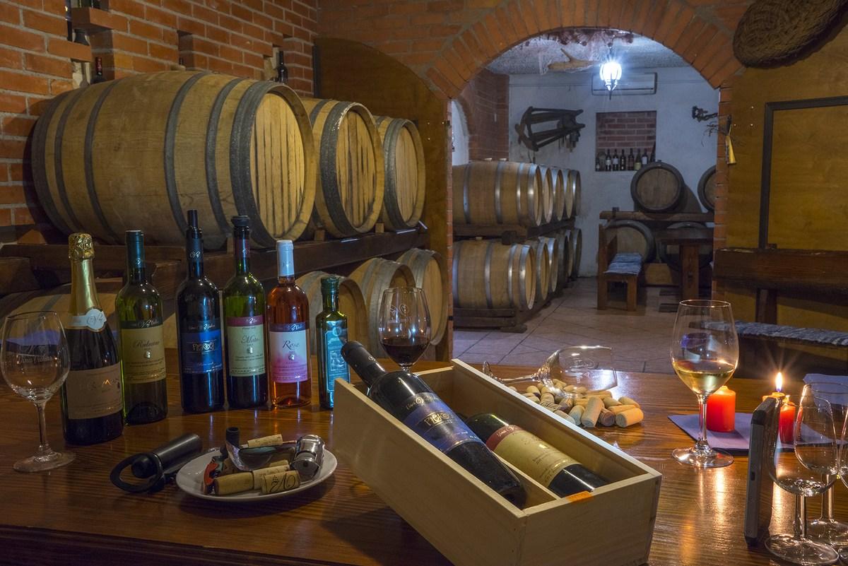 Tradicionalne vinarije vrhunskih peljeških vina