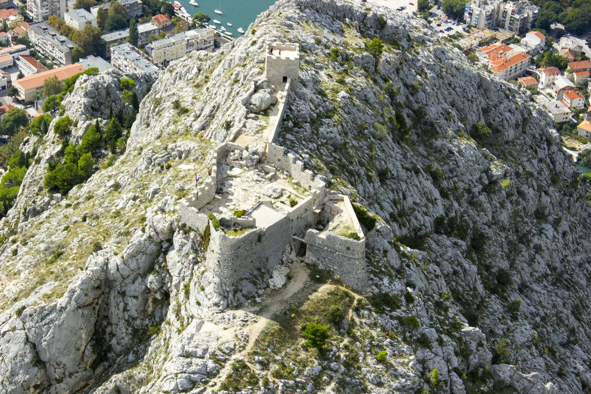 Trdnjava Fortica, foto TZ Omiš