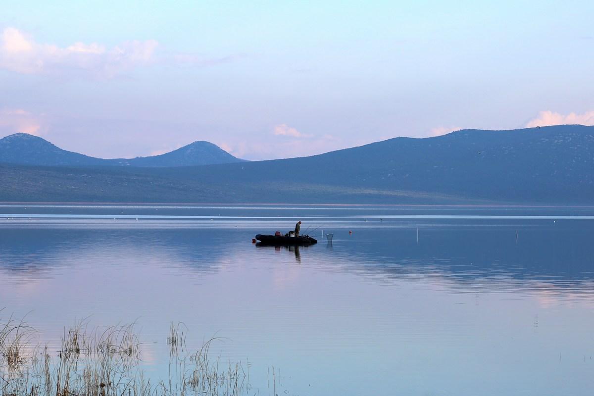 Športni ribolov na jezeru, foto Iva Rogić