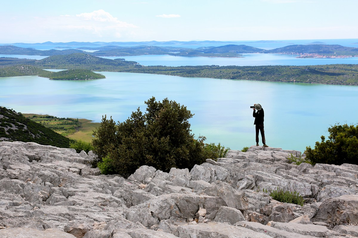 Otoki, pogled na Jadran, s Kamenjaka, foto Norma Fressel