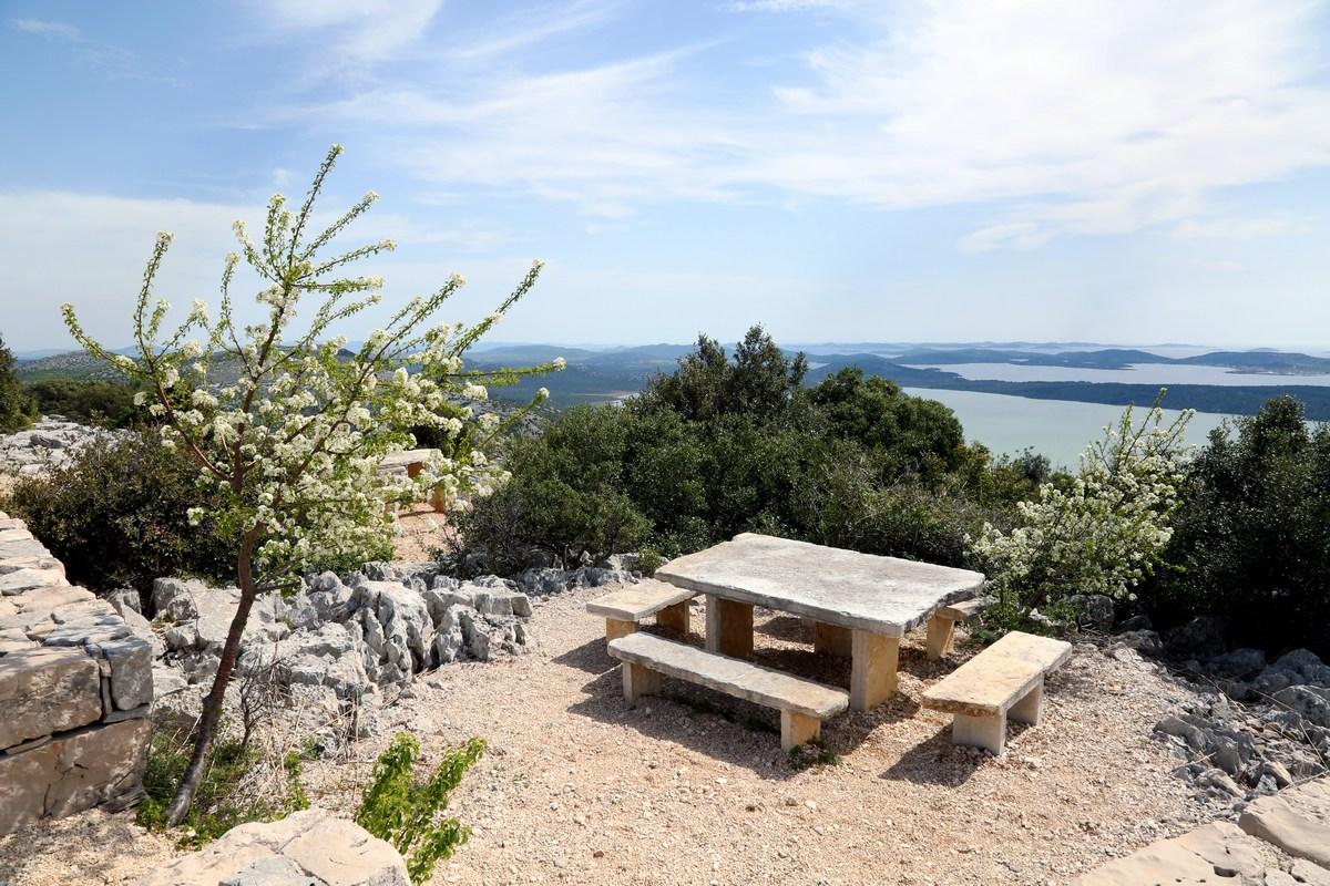 Počivališče na razgledišču Kamenjak, foto Iva Rogić