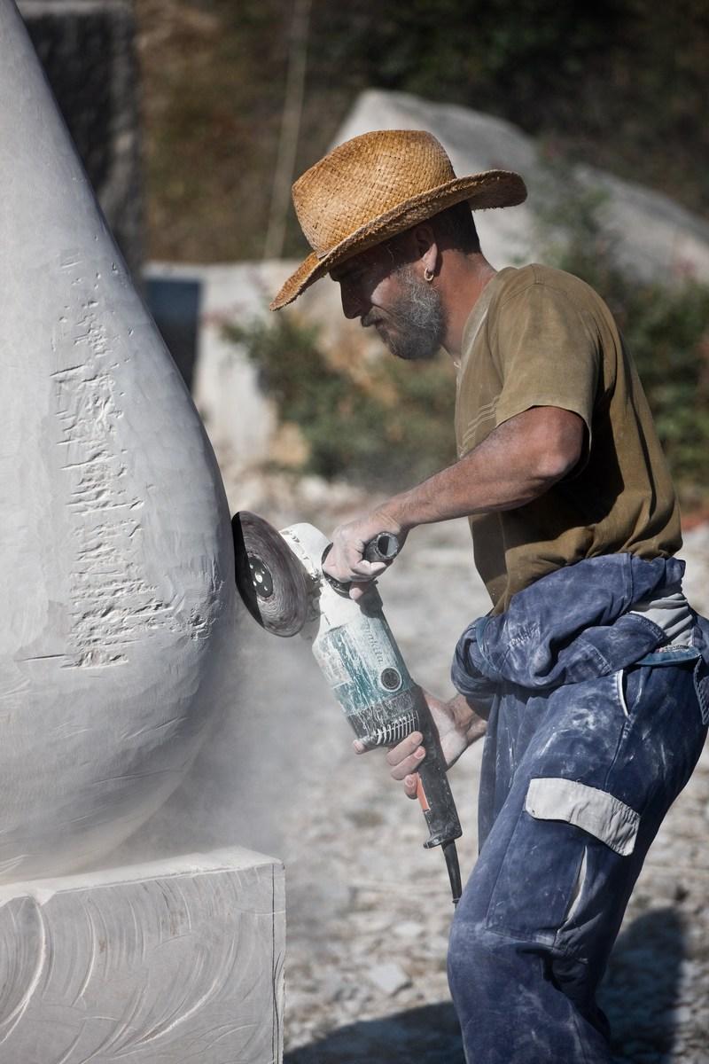 Montraker, kiparska, brušenje