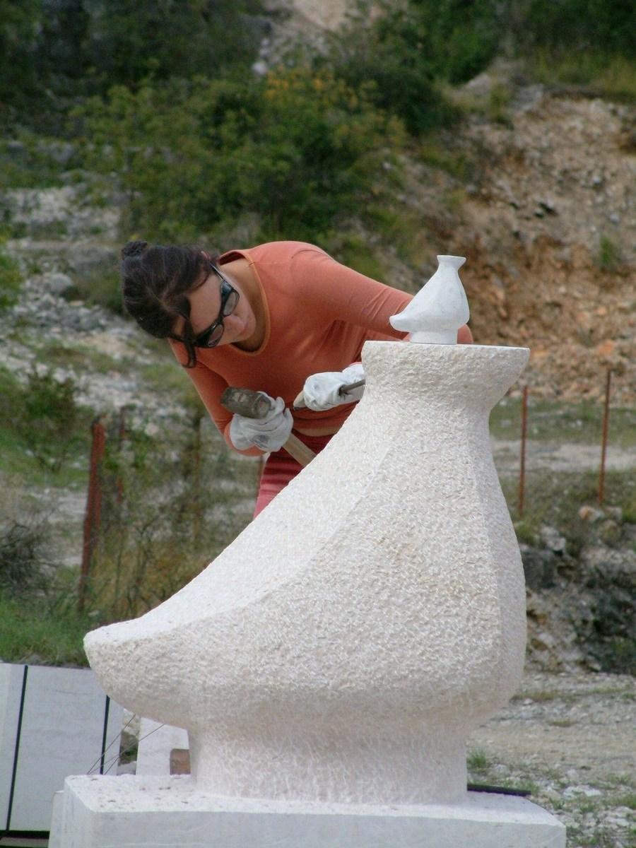Natančno pri izdelavi skulpture