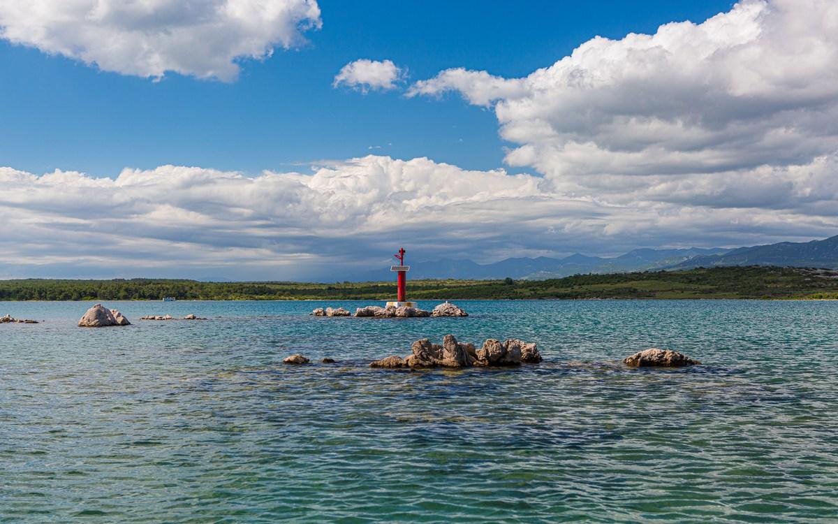 Svetilnik, izhod iz zaliva Soline