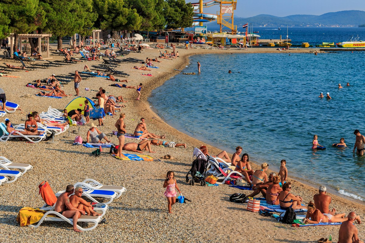 Gneča na plaži Olympia, foto Andrija Carli