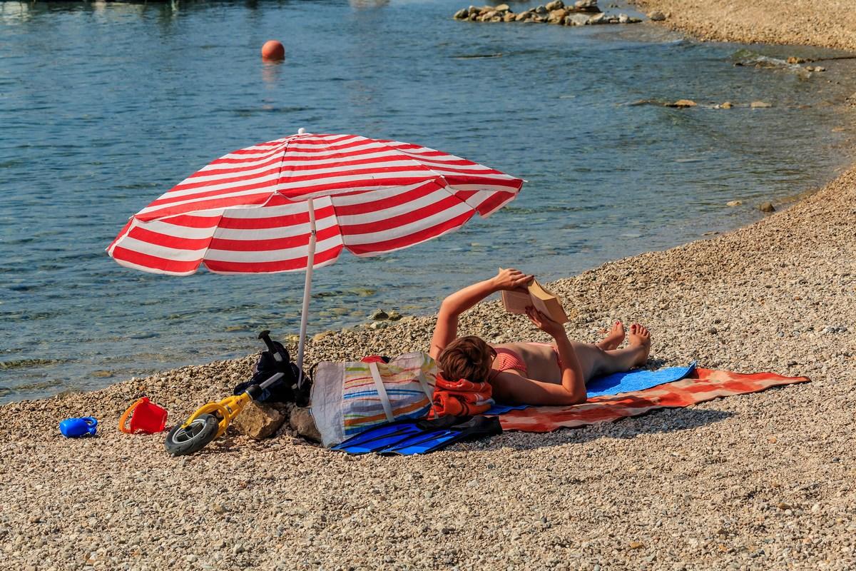 Plaža v Vodicah, foto Andrija Carli