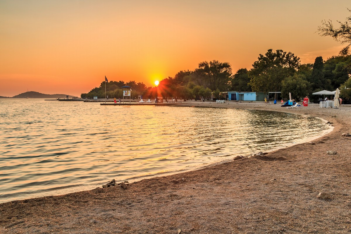 Plava plaža, sončni zahod, foto Andrija Carli