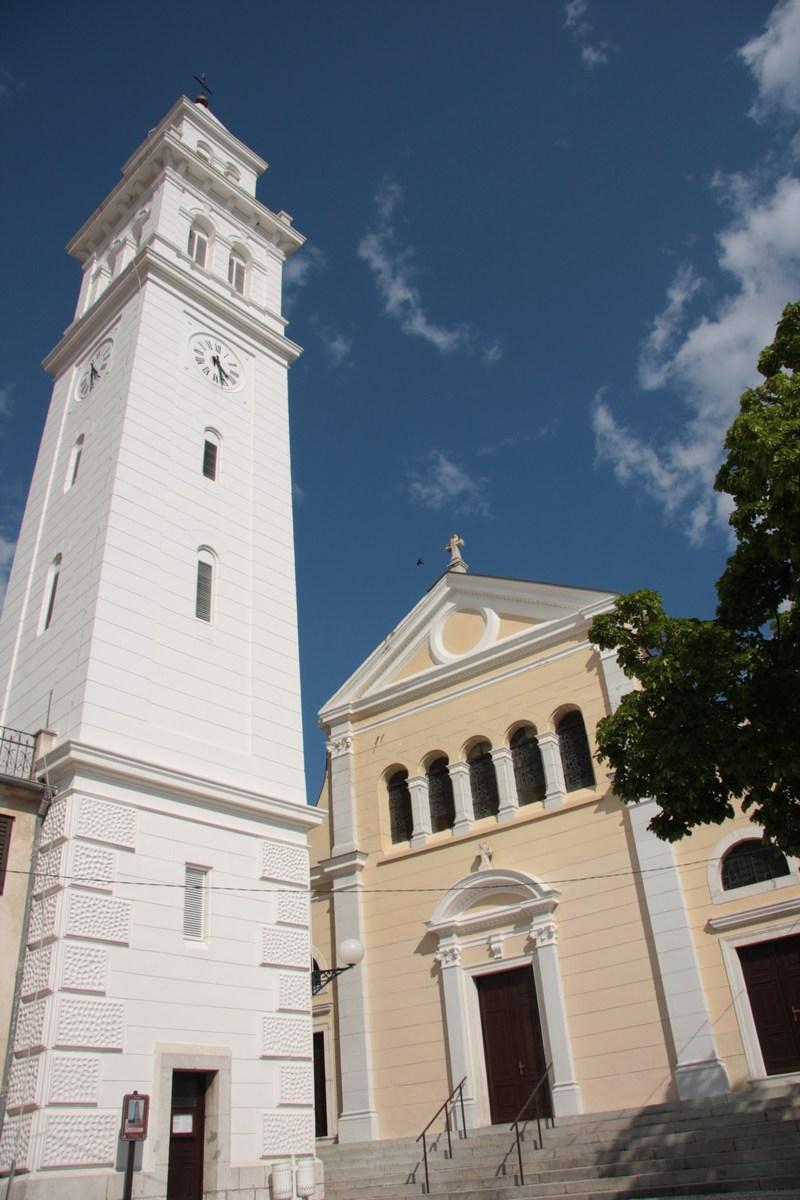 Staro mestno, župijska cerkev in zvonik