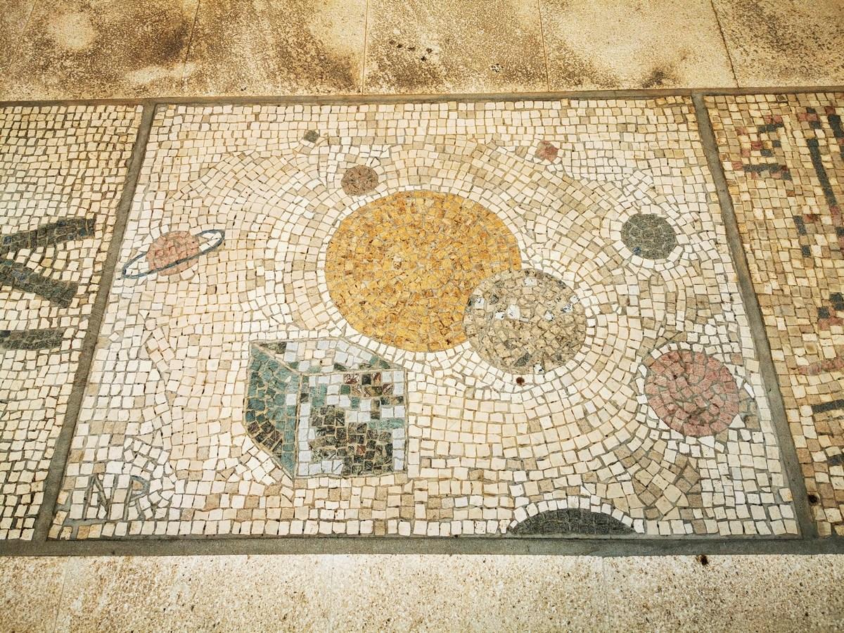 Mozaik 18