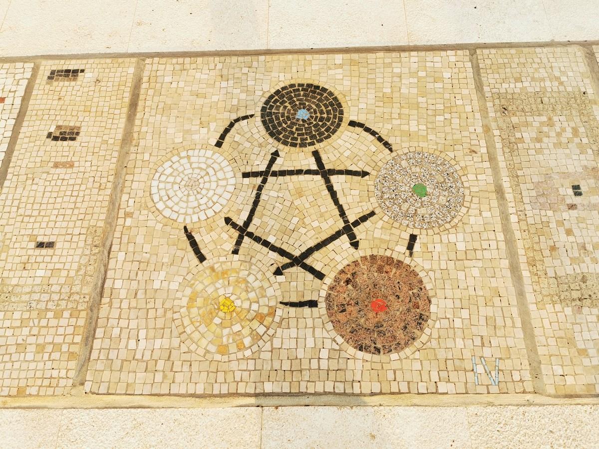 Mozaik 21