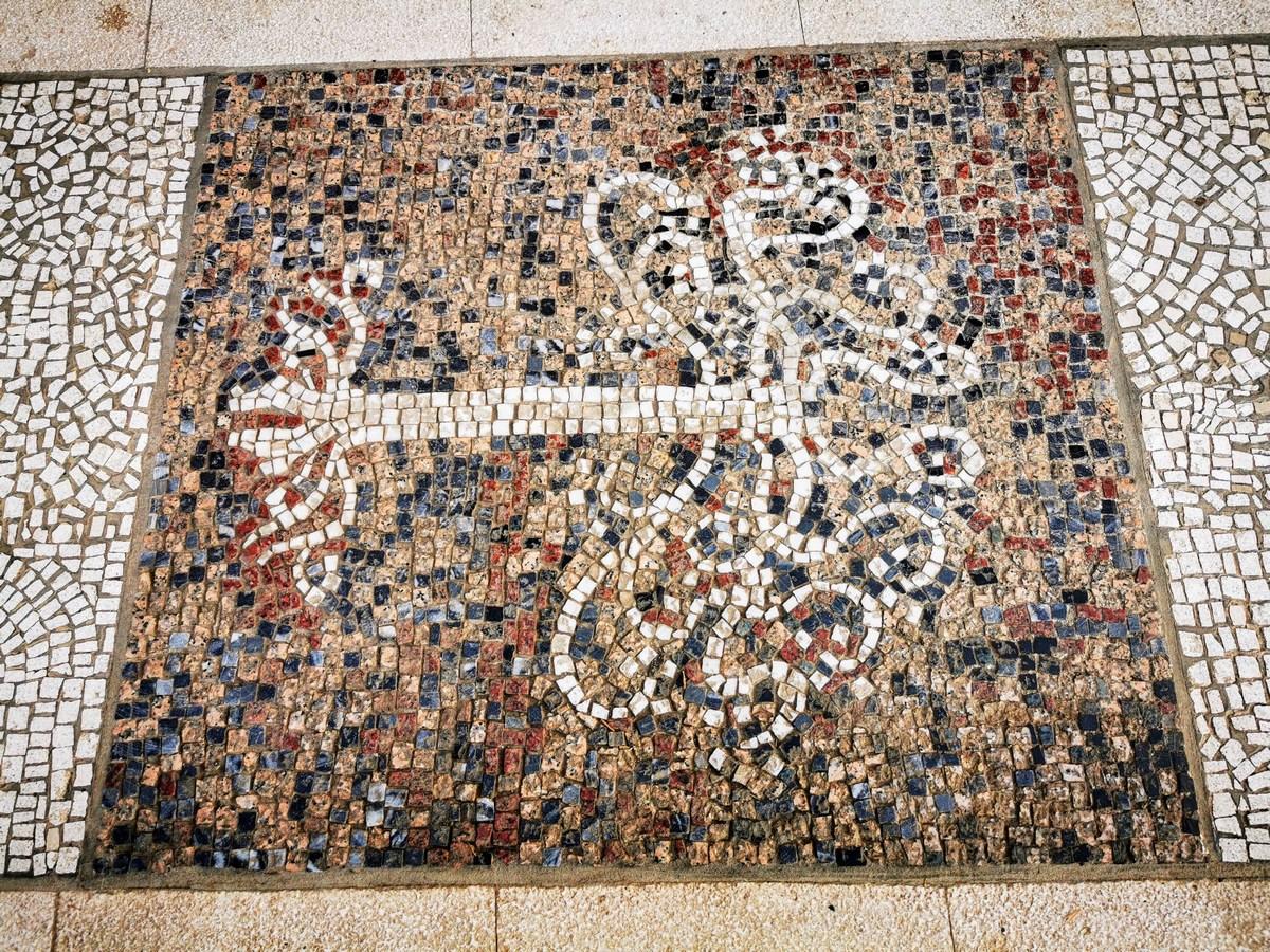 Mozaik 22